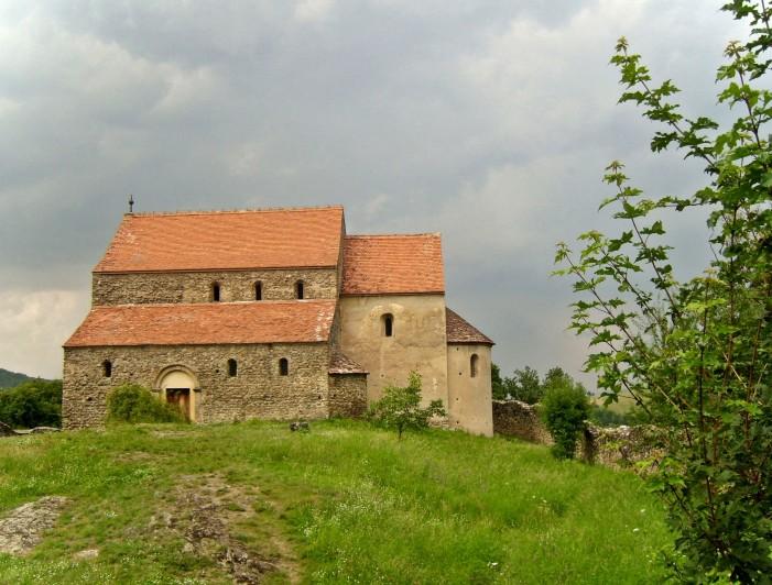 Biserica Sfântul Mihai din Cisnădioara