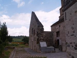 Biserica Sfântul Nicolae din Densuș