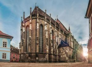 Biserica Neagră 1